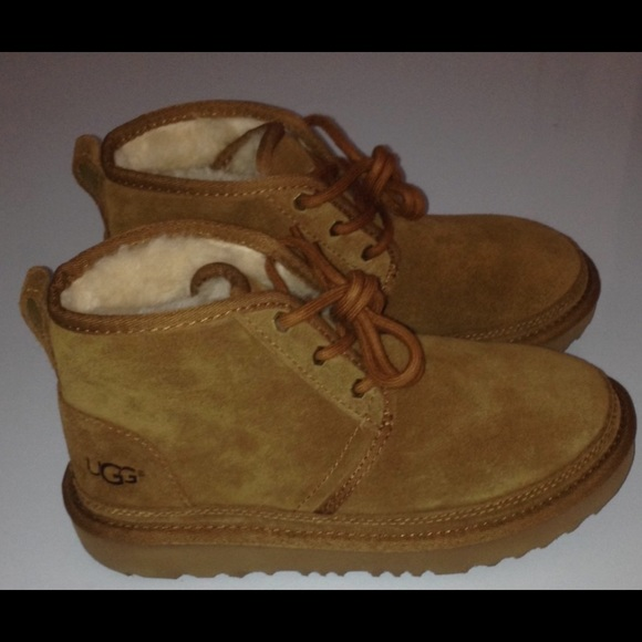 97d1d3fdb23 BRAND NEW! Kid's UGG® Neumel II Boots Boutique